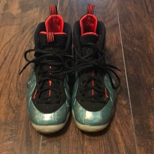 Nike air foamposite boys 6
